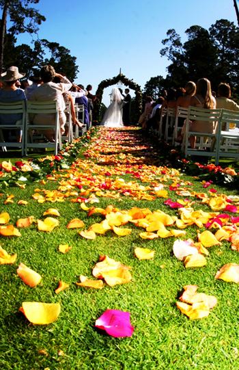 wedding_aisle_shot